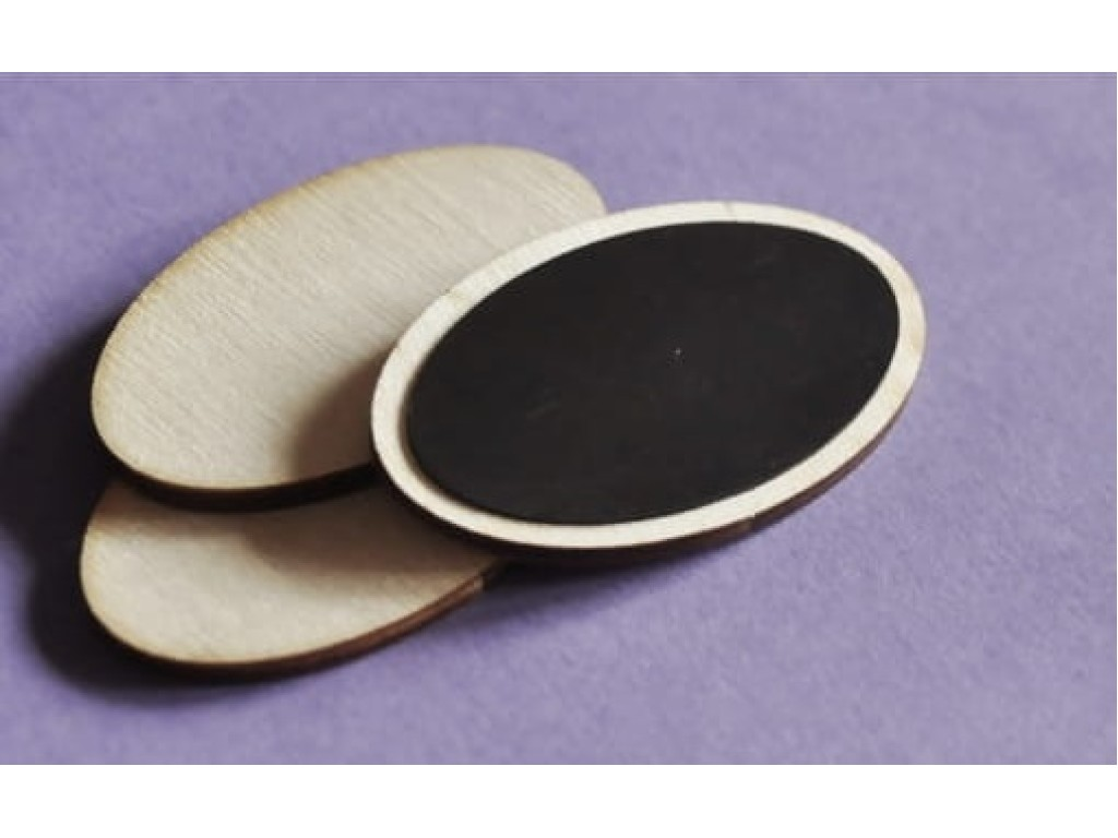 Medinė ovali formelė su magnetu, 1 vnt