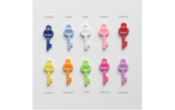 """Plastikinis pakabukas """"Raktelis"""", 1vnt. įvairių spalvų"""