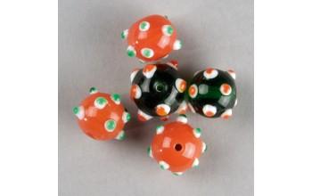 """Stikliniai taškuoti apvalūs karoliukai """"Orange Green"""", 5vnt."""